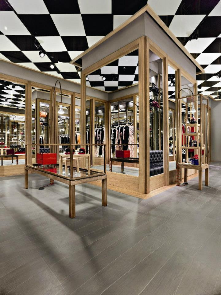 187 Moschino Boutique By Michele De Lucchi Milan Italy