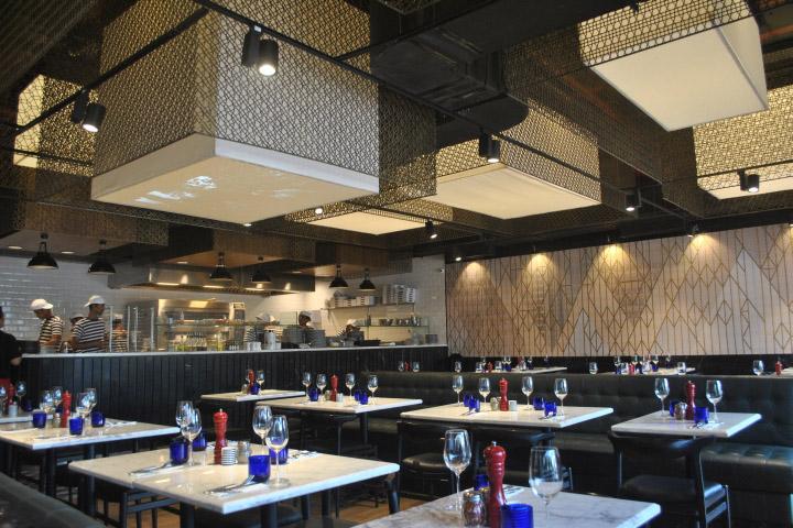 Pizzaexpress restaurant mumbai india retail design blog for Pizza and fish express