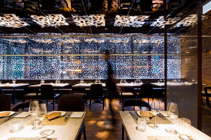 Atlantis blue seafood restaurant by panorama hong kong for Blue fish restaurant
