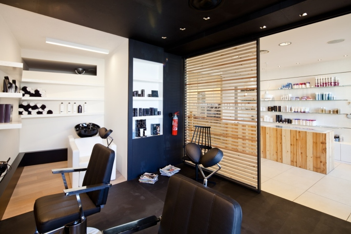 187 Barber Shop By Studio A D Fano Italy