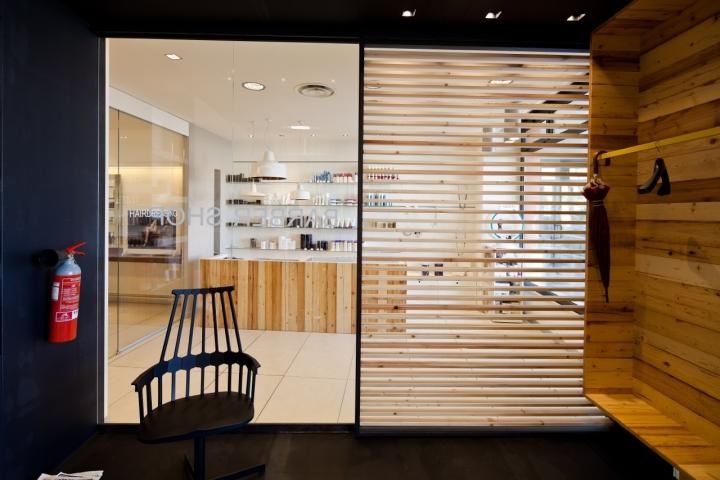 Barber shop by studio a d fano italy retail design blog for Mobilia fano