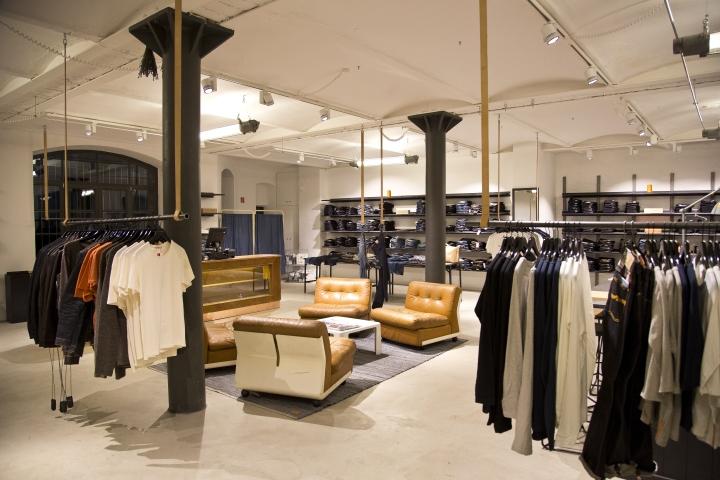 Nudie jeans repair shop berlin germany retail design blog for Design shop deutschland