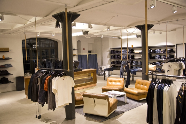 retail design blog nudie jeans repair shop berlin germany. Black Bedroom Furniture Sets. Home Design Ideas