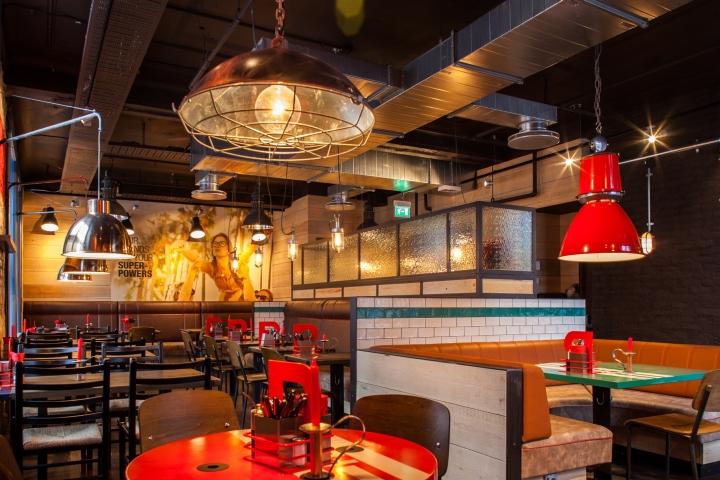 Peppes pizza restaurant by riss interi rarkitekter oslo for Pizza restaurants