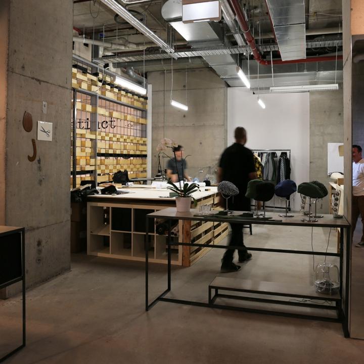 Light Warehouse Sydney: » Roger Tait Man Pop-up Store By Loop Creative, Sydney