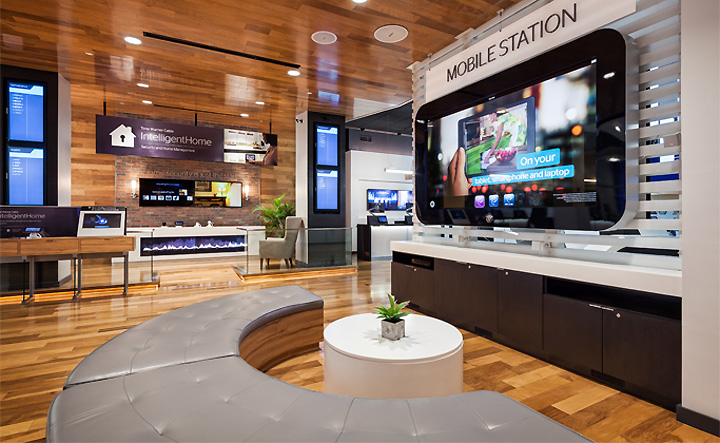 Time Warner Cable Store Wisconsin: Time Warner Cable flagship store by Reality Interactive 6 FAME rh:retaildesignblog.net,Design