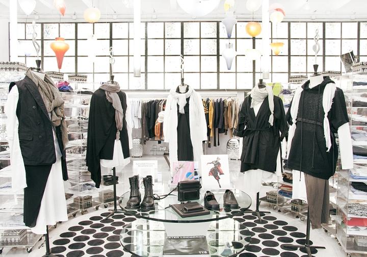 10 corso como fashion store milan italy retail design. Black Bedroom Furniture Sets. Home Design Ideas