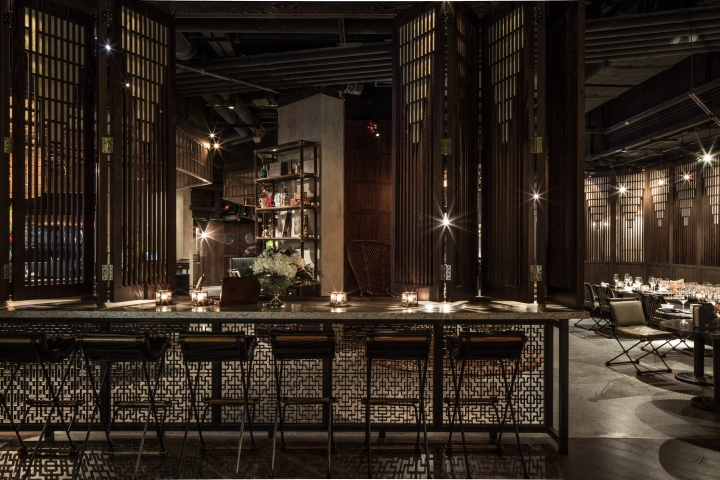 The Recently Opened Restaurant In Basement Of Standard Chartered Bank Landmark Central Hong Kong Has Been Earning Rave Reviews As Much For Its