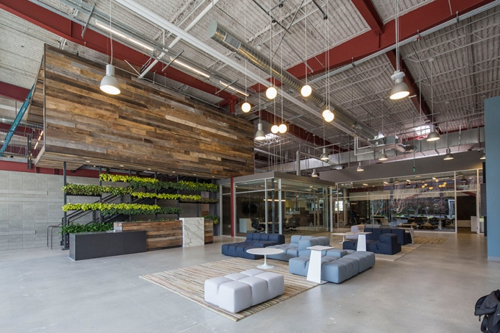 Team one usa office by shubin donaldson los angeles for Best industrial design companies
