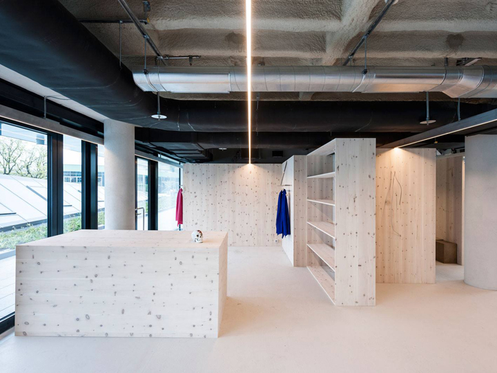 am plus store by gonzalez haase berlin germany retail. Black Bedroom Furniture Sets. Home Design Ideas