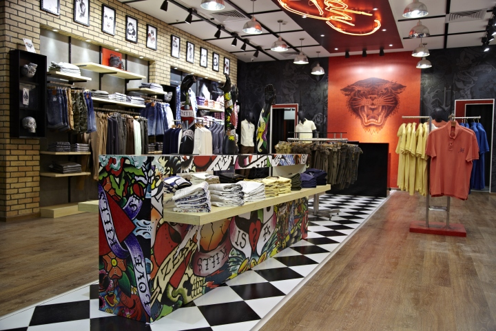 Ed Hardy fashion store by Restore Solutions Bangalore India 02 Ed Hardy fashion store by Restore Solutions, Bangalore – India