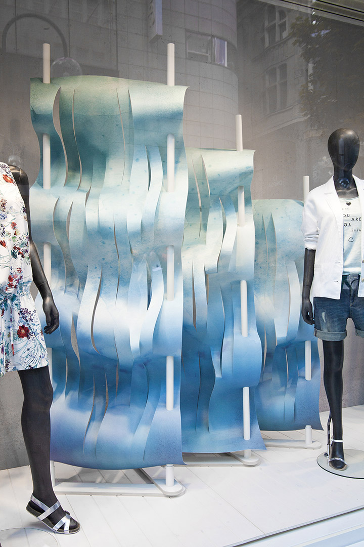 Esprit  2014 夏季橱窗设计