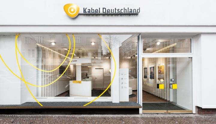 kabel deutschland store by hartmannvonsiebenthal germany retail design blog. Black Bedroom Furniture Sets. Home Design Ideas