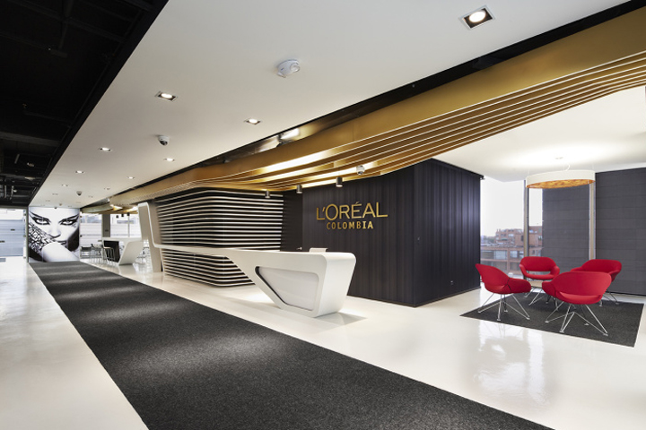 L oreal colombia office by arquint bogota colombia for New office design concept