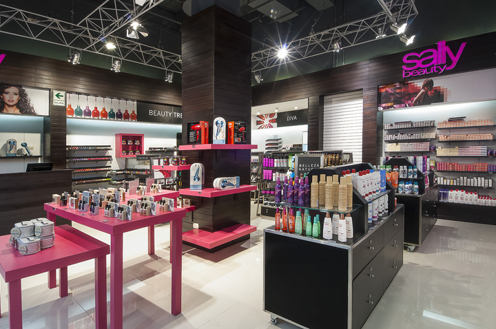 Sally Beauty store by Droguett AA Lima Peru Retail Design Blog