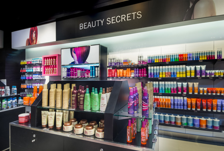 Sally Beauty store by Droguett A&A, Lima – Peru