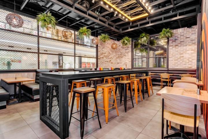 Hurricane s express restaurant by nufurn giant design