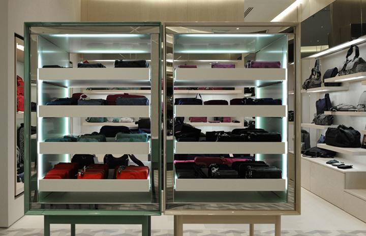 Kipling Store By Universal Design Studio Antwerp