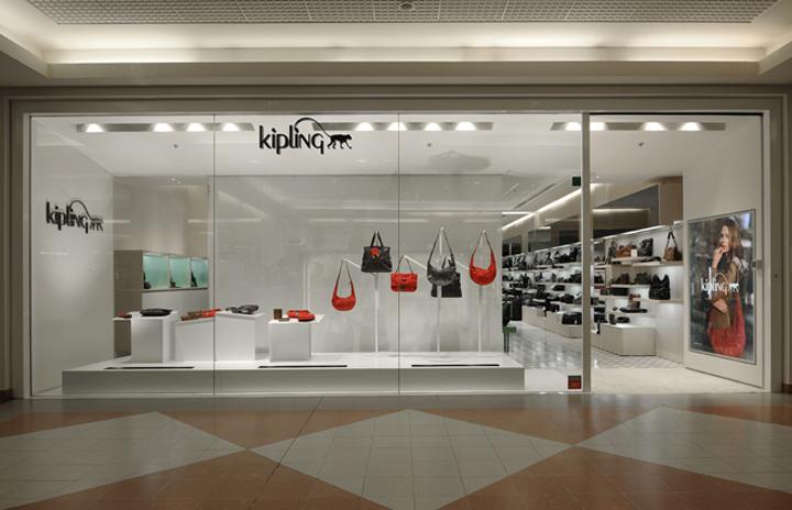 荷兰-安特卫普–Kipling箱包店设计