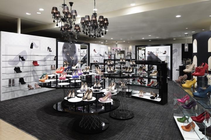 日本米拉达皇家鞋品牌专卖店设计