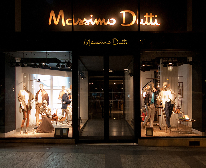 187 Massimo Dutti Windows 2014 Summer Paris France