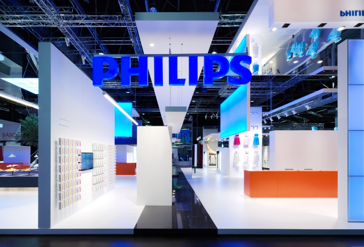 Exhibition Stand Lighting Equipment : Philips lighting stand by totems düsseldorf germany