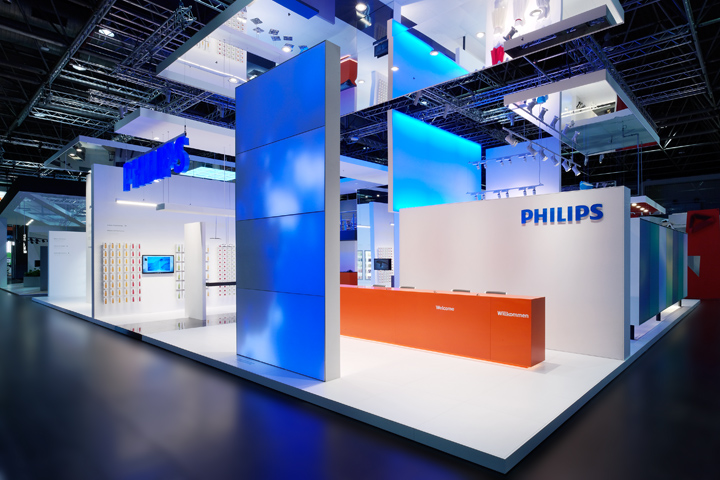 Exhibition Booth Island : Philips lighting stand by totems düsseldorf germany