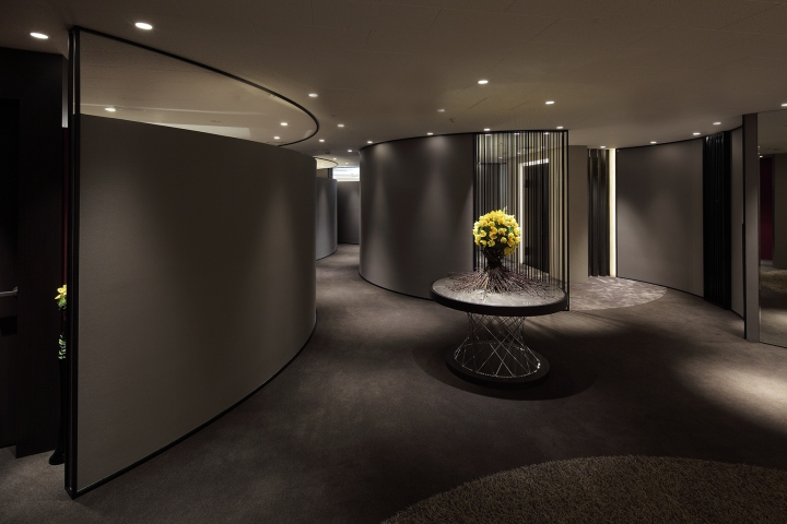 japanese style office. Our Client\u0027s Request Is \u201cto Design Japanese Style Luxury Dynamically\u201d, So The Space Was Designed To Make Visitors Feel Plot As They Step Into Clinic And Office