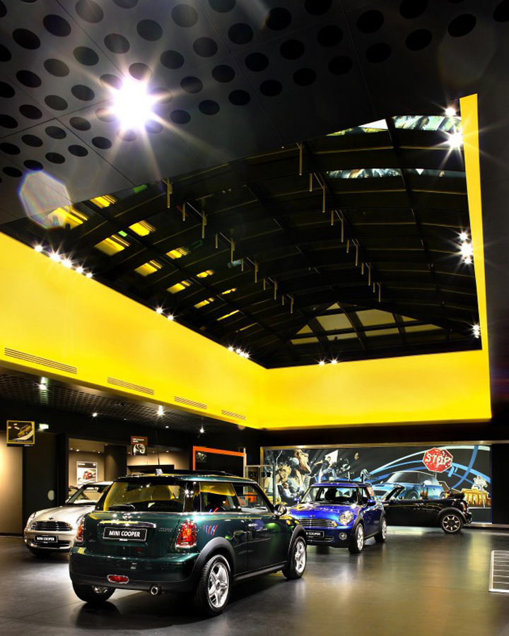 bmw mini showroom by plajer franz berlin germany retail design blog. Black Bedroom Furniture Sets. Home Design Ideas