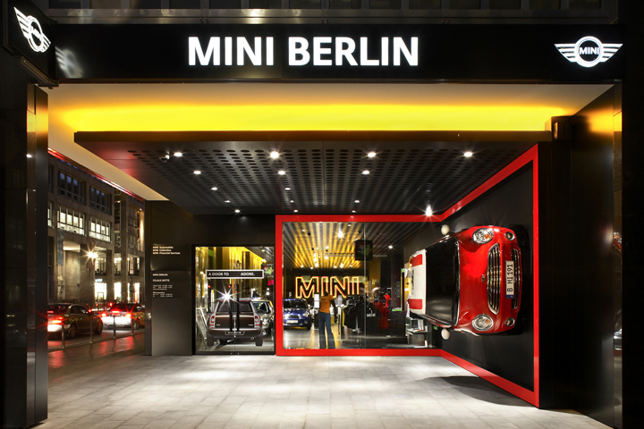BMW MINI Showroom By Plajer amp Franz Berlin Germany