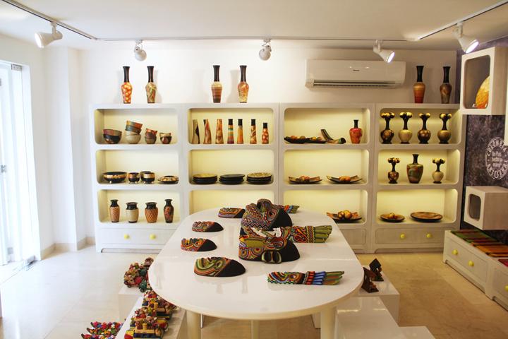 哥伦比亚artesanal手工艺品专卖店设计