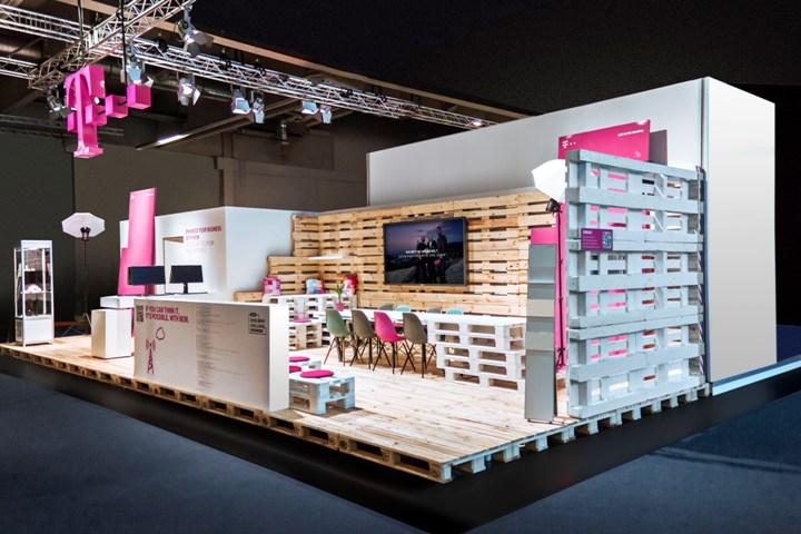 Deutsche telekom, Hannover and Retail design on Pinterest