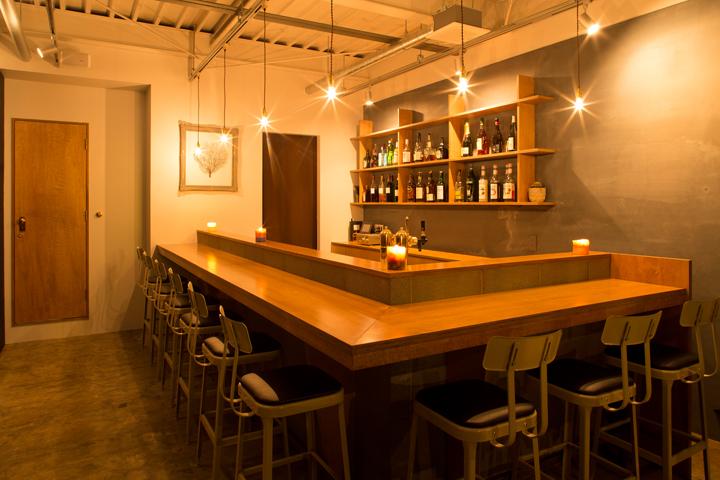 GEEK comfortable bar & cafe by iks design, Iwata – Japan ...