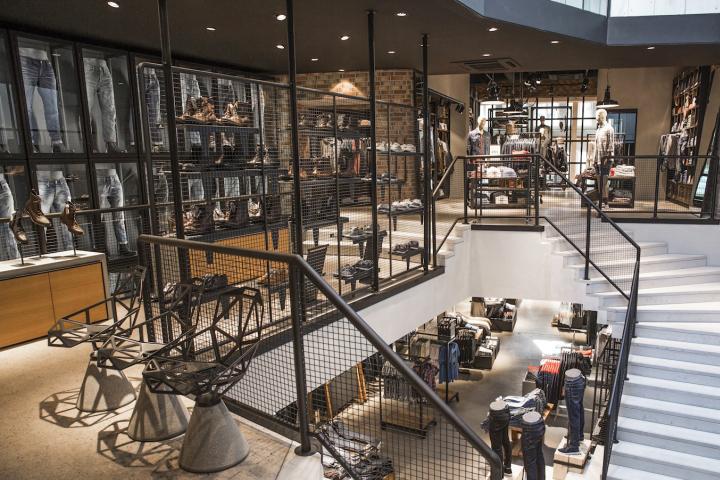 Jeans retail design blog for Design shop deutschland