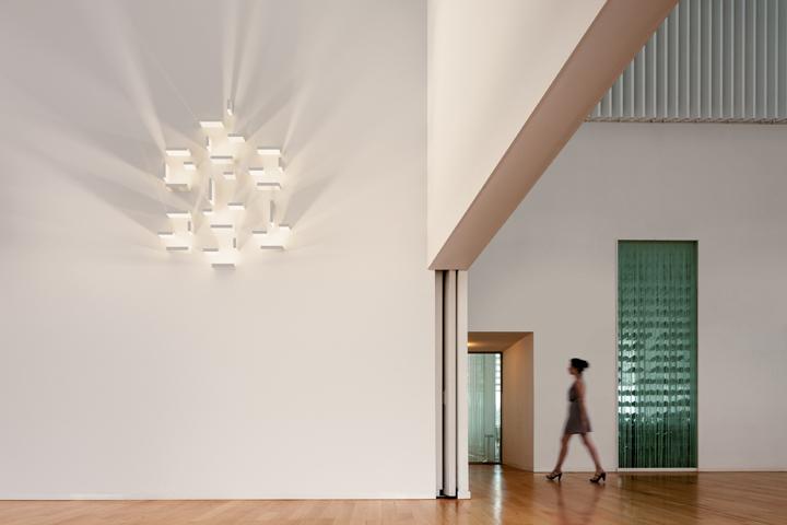 SET modular wall light by VIBIA ? Retail Design Blog