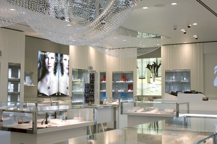 since 2009 we have supported the internationally active crystal jewelry manufacturer swarovski throughout europe in the openings and refittings of branch - Swarovski Interior Design