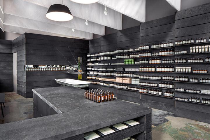 Aesop黑色风格化妆品店设计