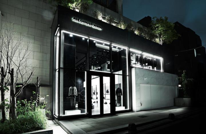 日本-toyko–黑白空间男装店设计