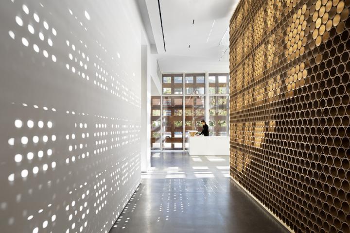 elevator retail design blog. Black Bedroom Furniture Sets. Home Design Ideas