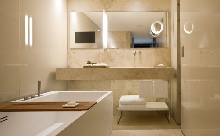 Conservatorium hotel by piero lissoni amsterdam for Hotel restroom design