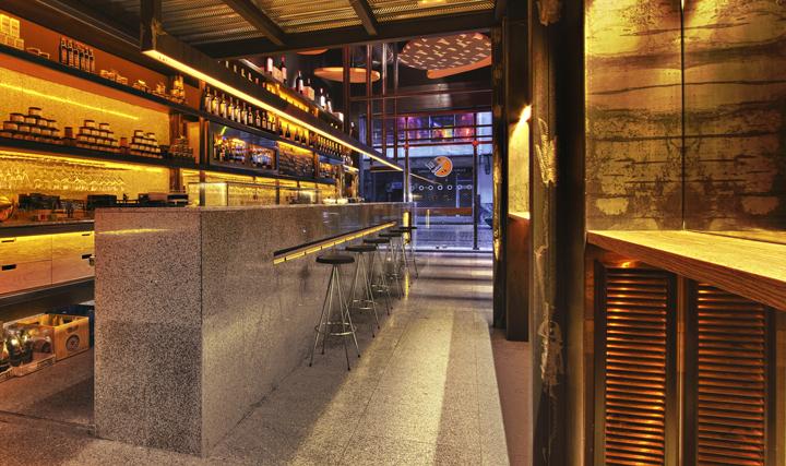 西班牙毕尔巴鄂葡萄酒和奶酪棒店设计