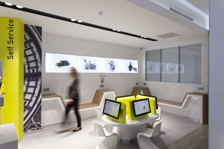 hertz flagship store by wanda creative london uk retail design blog. Black Bedroom Furniture Sets. Home Design Ideas