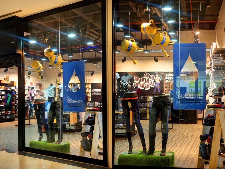 印度班加罗尔Lee专卖店橱窗设计