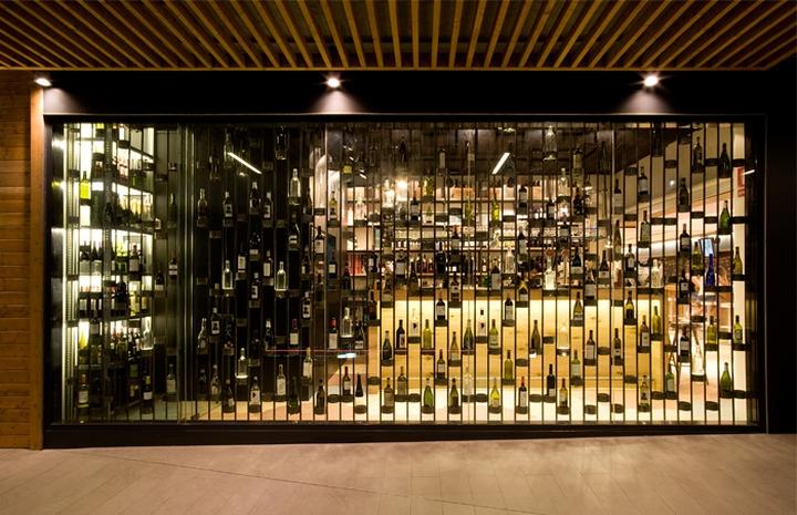 Pan y vino wine store by sandra tarruella interioristas - Cavas de vinos para casa ...