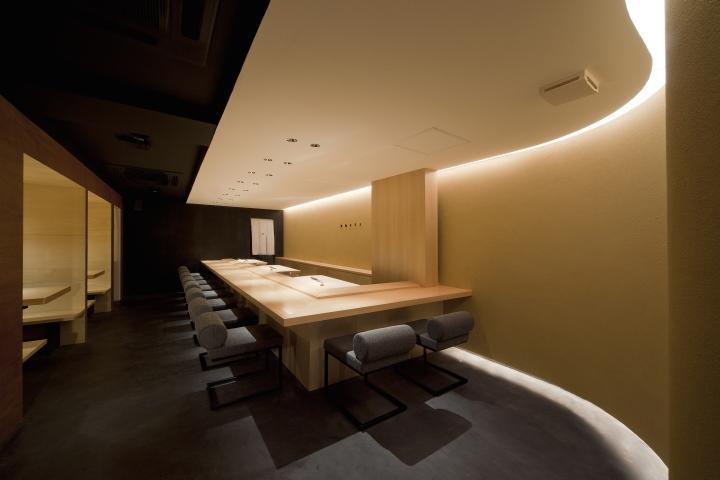 Sushi azuma restaurant by stile osaka japan retail for Design hotel osaka