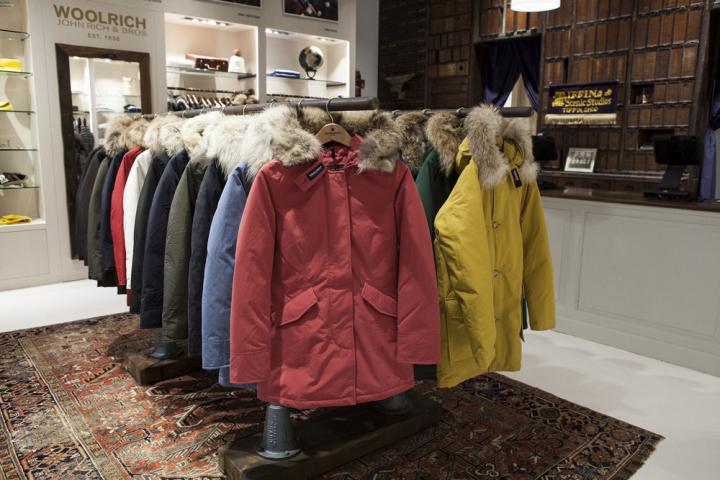 Woolrich 服装品牌店设计