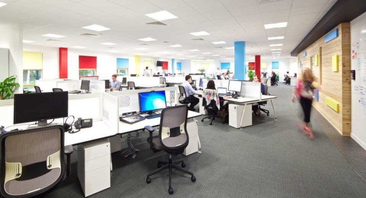 Jive software office by office principles berkshire uk for Office design principles