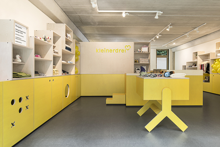 kleinerdrei indoor playground by parat hamburg germany retail design blog. Black Bedroom Furniture Sets. Home Design Ideas
