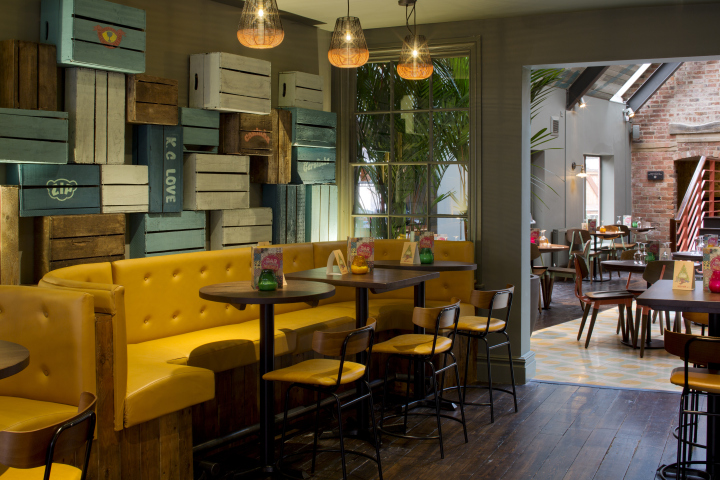 Las iguanas restaurant by b designers derby uk