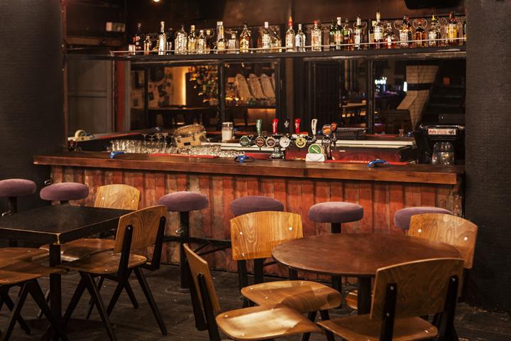 Retail design blog pigal pub by studio bald ashdod israel for A beautiful you at vesuvio salon studios